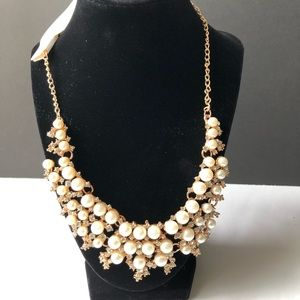 Necklace Pearls and Rhinestones NWT